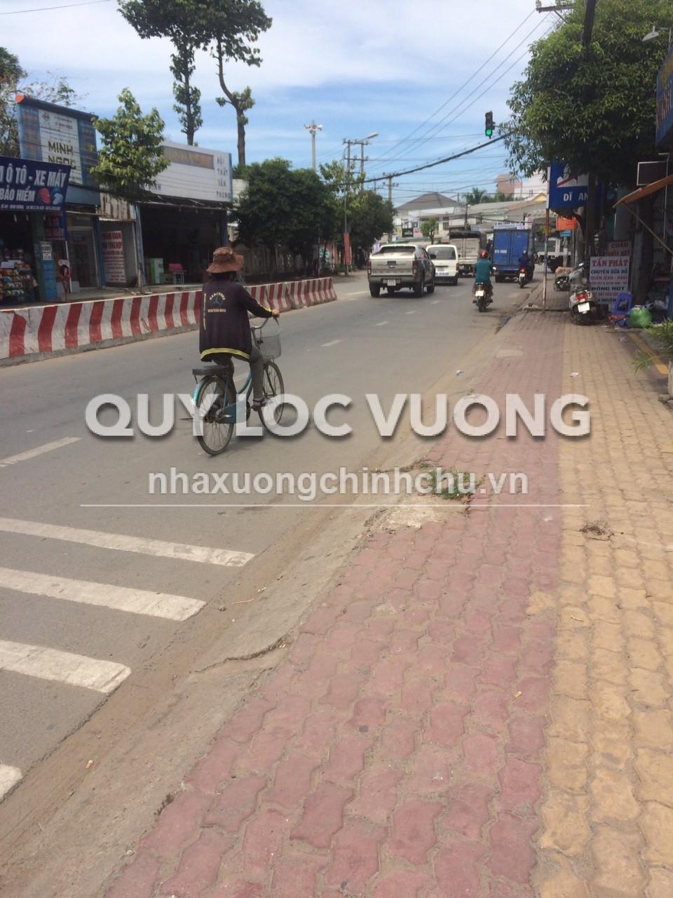 Cho thuê đất làm bãi đậu xe 3.800m2 mặt tiền đường DT743 Thuận An BD